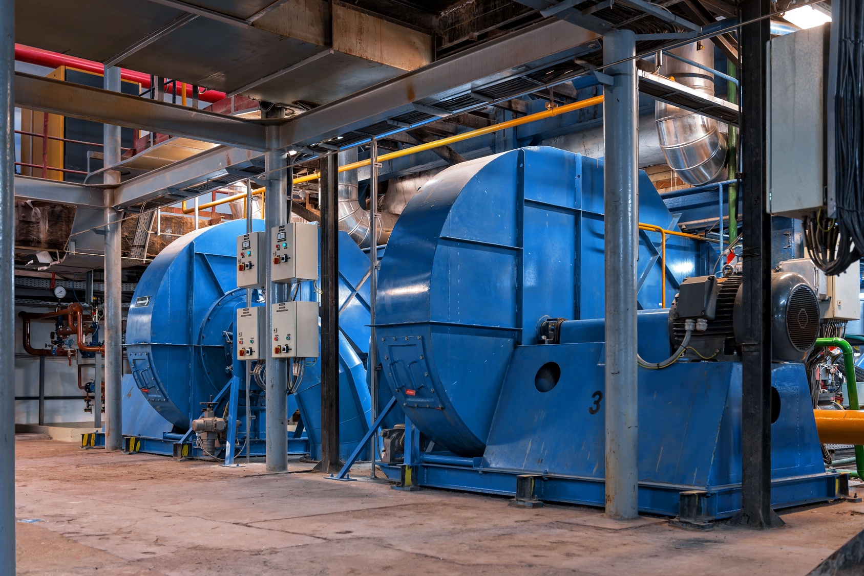 What to Consider When Planning For an Industrial Generator
